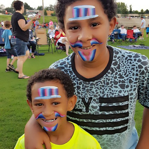 Jolene Harris Box brings out the smiles with her fun Patriotic face painting